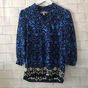 Banana Republic   V-neck floral 3/4 sleeve blouse
